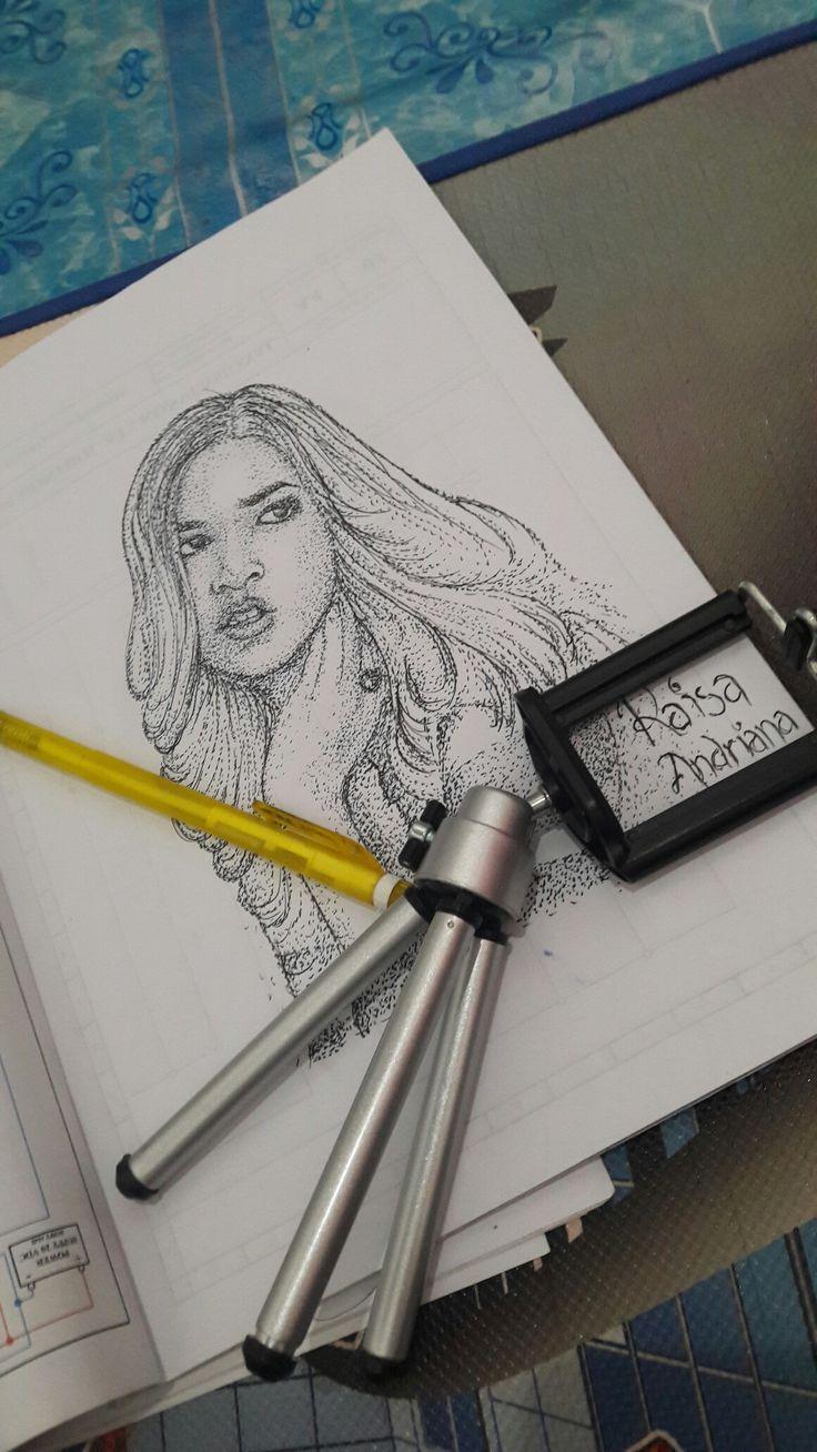 Raisa Andriana Simple Sketching