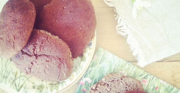 Her får du en opskrift på lækre nøddeboller uden mælk eller gluten, fra Rose Maimonide. Se mere på hendes populære blog, www.rosemaimonide.com