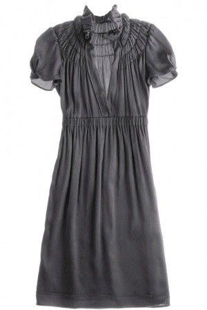 Pretty grey dress...chiffon? No design reference.