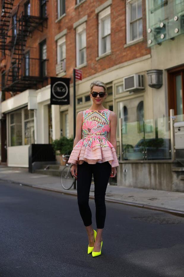 Новые тенденции моды: обувь в флуоресцентный желтый