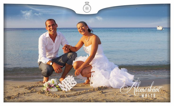 Álomesküvő Máltán, tengerparti esküvő, kreatív fotózás, Armier Bay, Málta, wedding photography