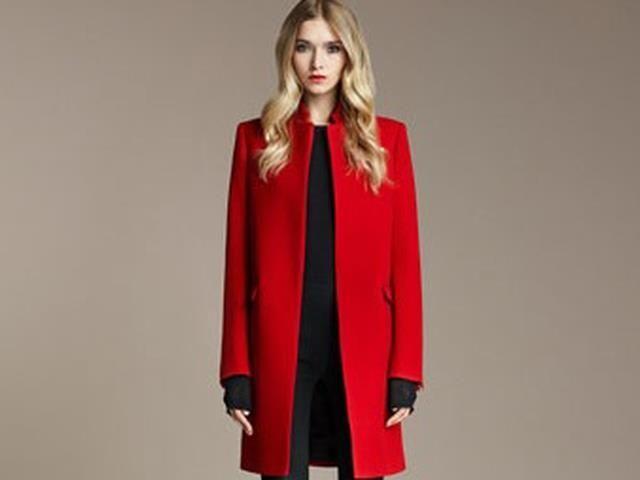 Толкование снов красное пальто