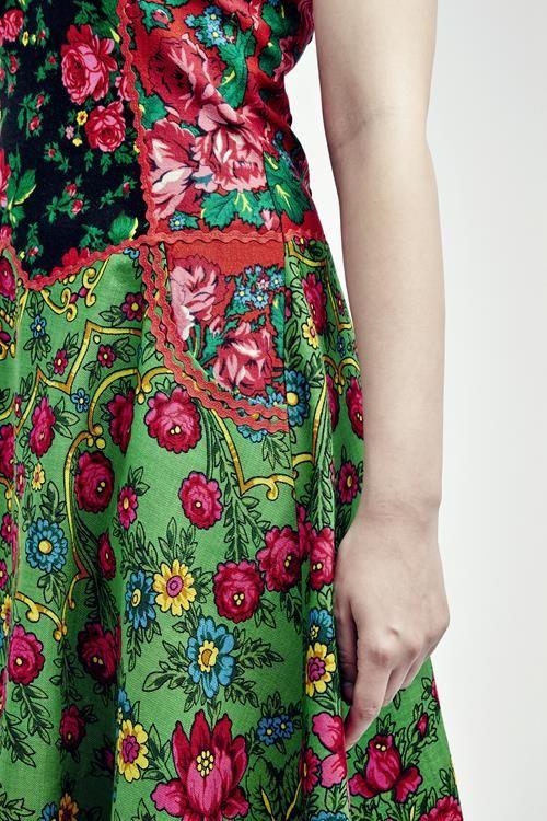 Sleeveless full flower cashmere kretinca dress   Romani Design