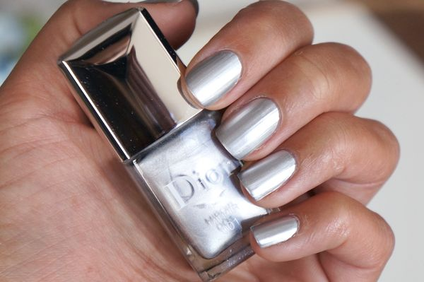 Dior in 001 miroir fall 2015 nail polishes pinterest for Collection miroir chanel