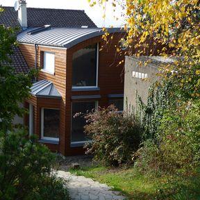 Extension Maison - toiture zinc bardage bois grandes baies - architecte 92