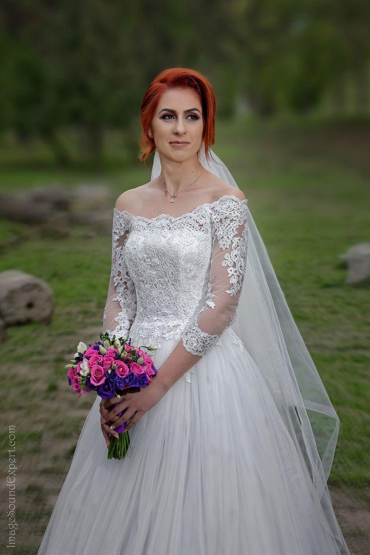 portret mireasa