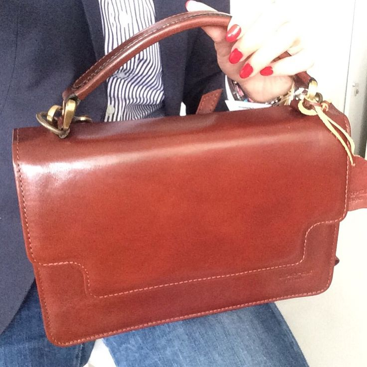 Helena top handle bag.  Timeless elegant ❤️  #www.lorpel.pt #lorpel #lorpelforlife