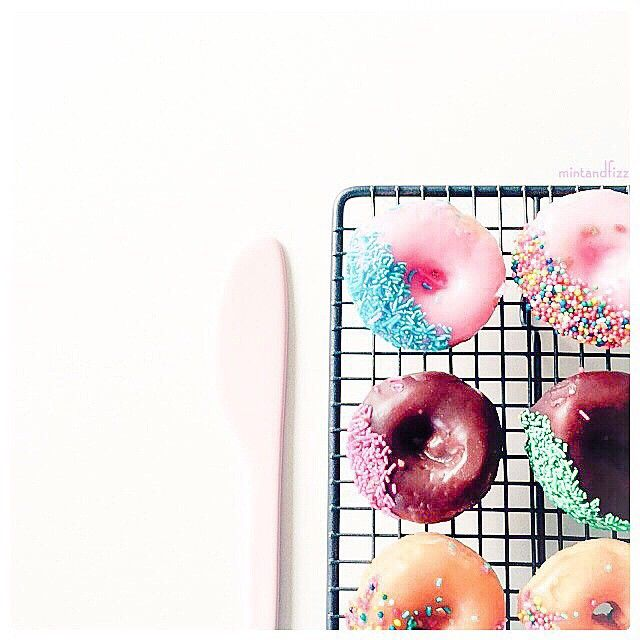 Doughnuts or Donuts? instagram.com/mintandfizz #doughnuts #donuts #flatlay #foodstyling #styling
