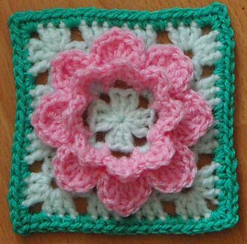 Ravelry: KnitnStitchSue's French Nannie's Granny Square