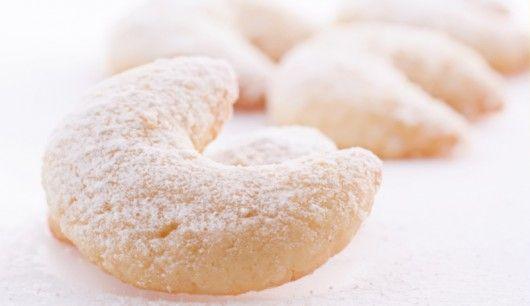 Kitchen-love: Jogurt-Vanille-Kipferln http://kitchen-love-love.blogspot.de/