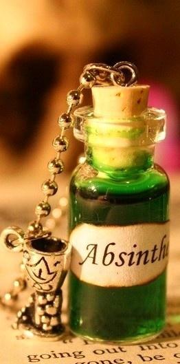 Absinthe är en anis och malörtsbaserad spritdryck som man inte tröttnar på och…