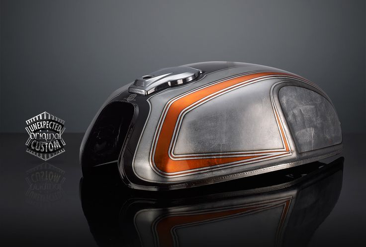 Honda CX500 gas tank by Unexpected Custom | Bare metal & airbrush