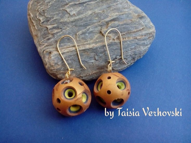 Earring with polymer clay