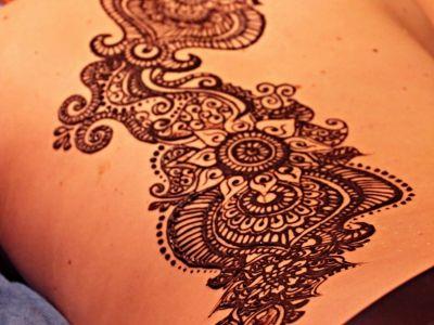 Henna-cialo-4.jpg