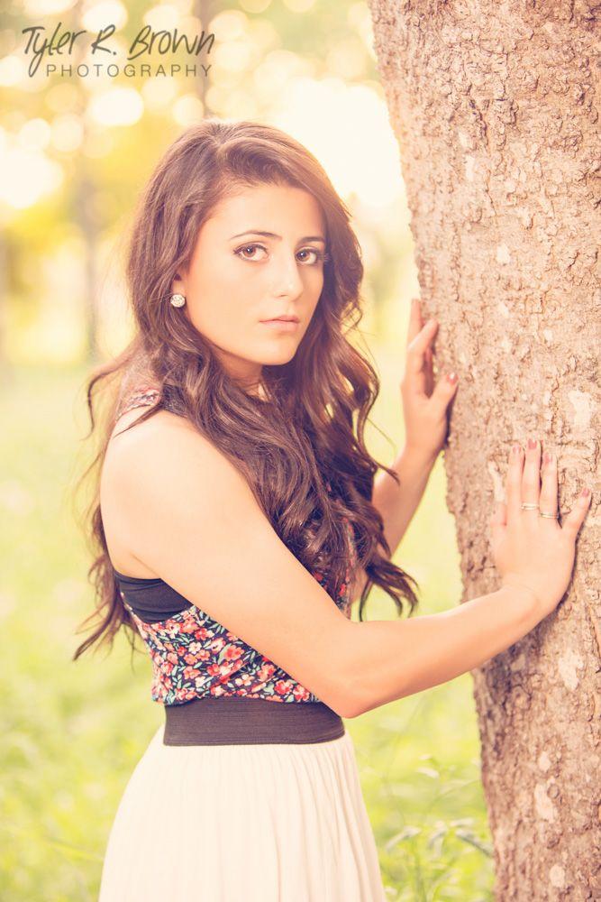 Haley Rodriguez - Heritage High School - Class of 2015 - Senior Portraits - Ideas for Girls - Towne Lake Park - Senior Pictures - @neeneestiles - #seniorportraits - Sunny - Stunning - Spring - Tyler R. Brown Photography
