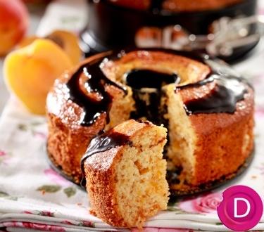 Κέικ με βερίκοκα και γλάσο σοκολάτας   Dina Nikolaou