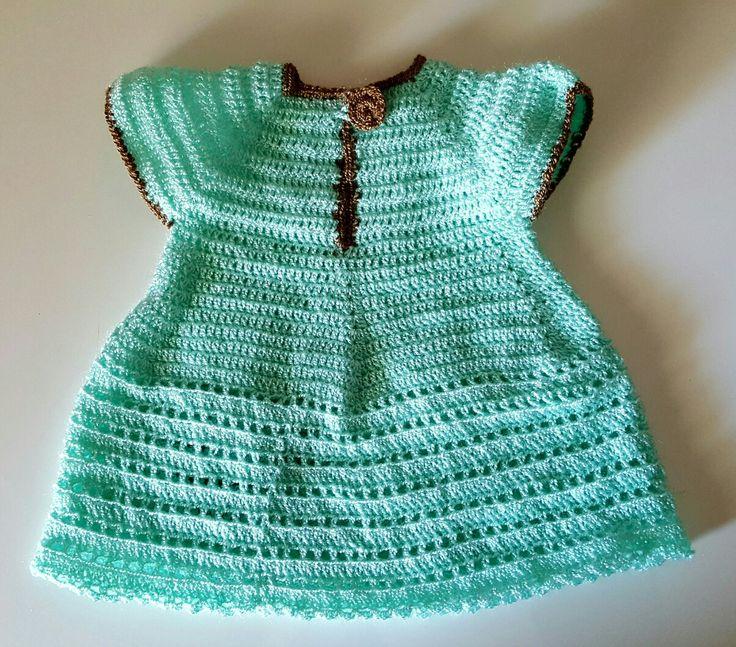 Vestido bebé crochet (por detrás)
