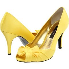 I Love these #yellow shoes