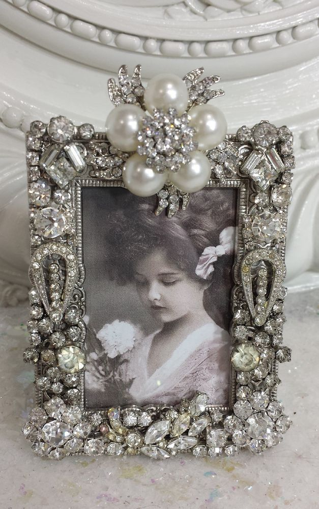 Vintage SOLID Rhinestone Picture FRAME * Old earrings Pins buttons *~ PEARLS
