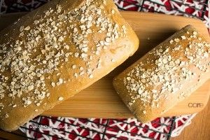 Copycat Cheesecake Factory Bread - Embellishmints