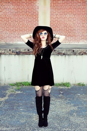 Distressed Stockings - 7 Street Style Grunge Outfits to Recreate ... [ more at http://streetstyle.allwomenstalk.com ] I love distressed stockings! You can turn it into a really awesome DIY project and cut them up all on your own. With full creative control, you can make them look as distressed as you want to. Throw on a black dress over it and pair with a long necklace. Round sunglasses will complete the look! Do you have any dist... #Streetstyle #Distressed #Stockings #Style #Flannel…