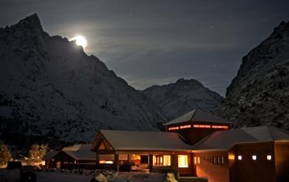 Heli-skiing in the #Andes, #Chili at Puma #Lodge with Chilean Heliski