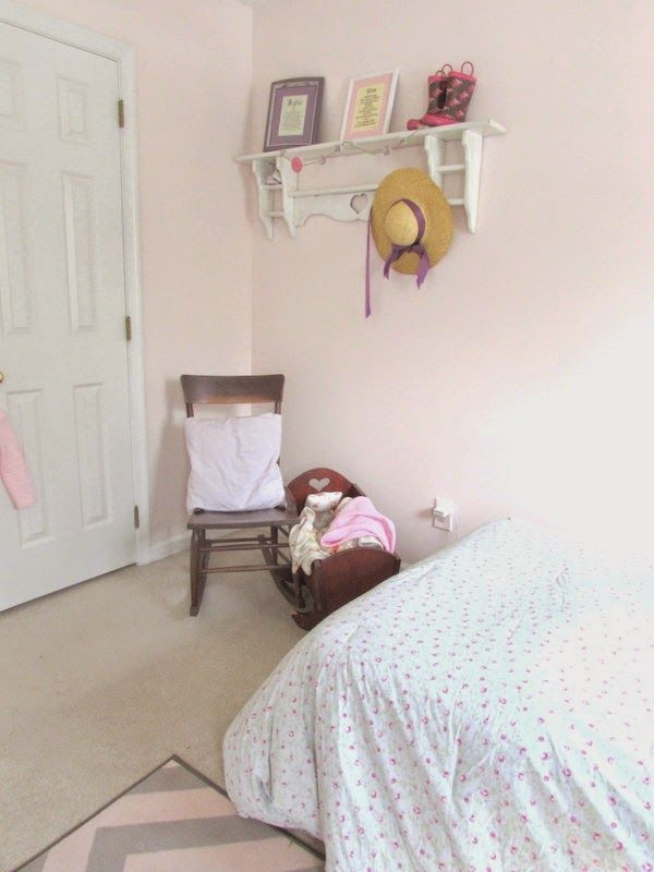 Benjamin Moore Mellow Pink 2094 70 A Touch Of Gray Gives This Soft Light An Easygoing Elegance Subtle And Subdued Serene Shade Creates