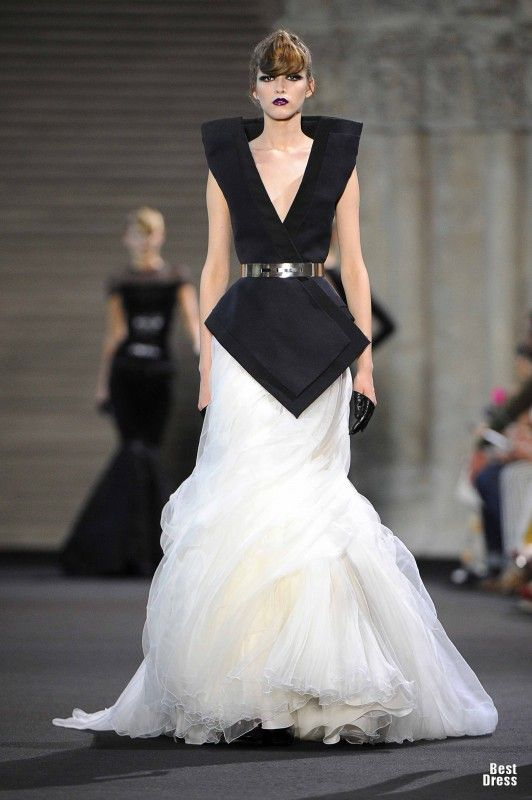 Stephane Rolland HOUTE COUTURE 2011/2012 Stephane Rolland High Fashion Haute Couture featured fashion