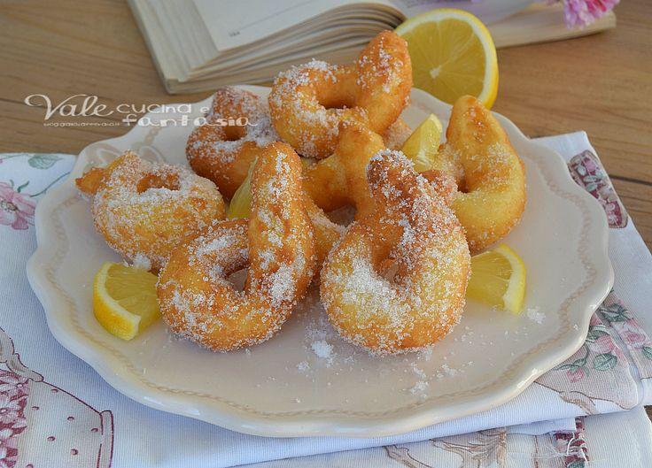 Zeppole al limone e mascarpone, piccole,croccanti,morbide,profumate e velocissime,un dolce fritto che si scioglie in bocca.