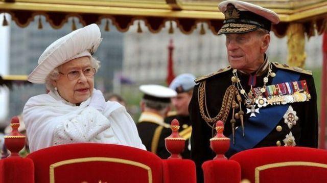 Angleterre: Le prince Philippe hospitalisé pour une infection