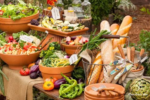 Use lined garden pots for your outdoor buffet