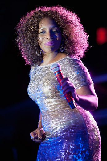 Go head Stephanie Mills. You look great.