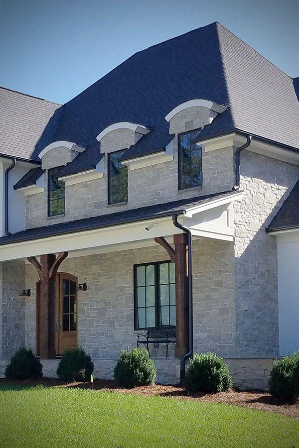 Fond Du Lac Kensington Blend Veneer Modern Stone Home Facade