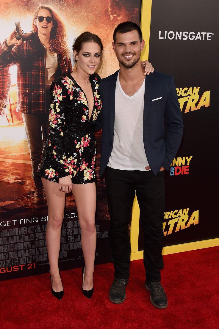 Kristen Stewart et Taylor Lautner à l'avant première d'American Ultra à Los Angeles.