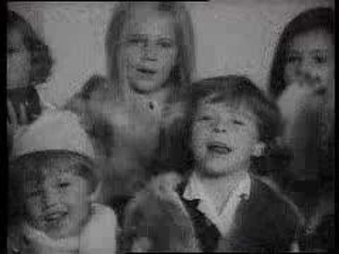 """""""Las muñécas de Famosa se dirigen al portal..."""" Así nos felicitaba la Navidad Famosa en 1970."""