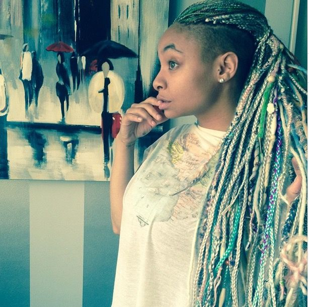 """Raven Symone Pens Open Letter Addressing Bullying She Has Received Over Not Wanting The Labels """"Gay"""" or """"African American"""" - http://urbangyal.com/raven-symone-pens-open-letter-addressing-bullying-received-wanting-labels-gay-african-american/ #ravensymone #bully"""
