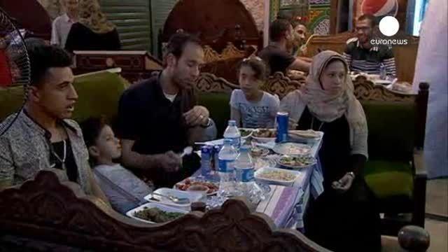 Primer día de ayuno del mes de Ramadán en El Cairo