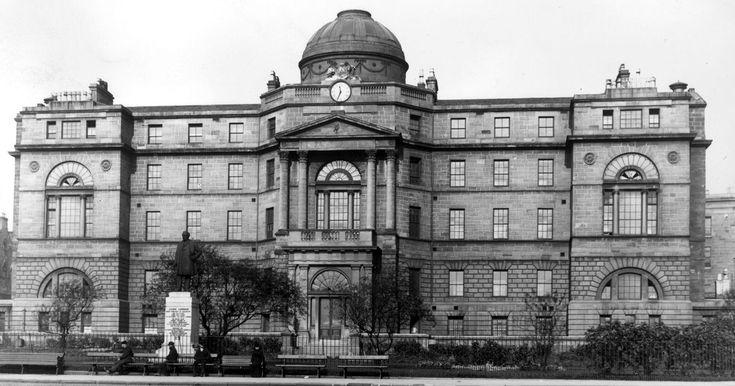 From Archie the Whisperer to the Floating Sister: Spooky ghost sightings inside one of Britain's oldest hospitals - Mirror Online