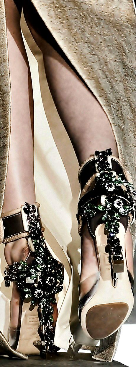 Dsquared2 Crystal Embellished Shoes Fall 2014 #Heels
