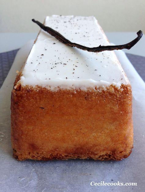 Un simple cake à la vanille ? Un gâteau au yaourt en somme ? Oh non, ce n'est pas juste un cake, c'est le cake infiniment vanille de Pierre Hermé. Il fallait donc s'y attendre, la recette est exceptionnelle. La texture est folle, le look top, le procédé...