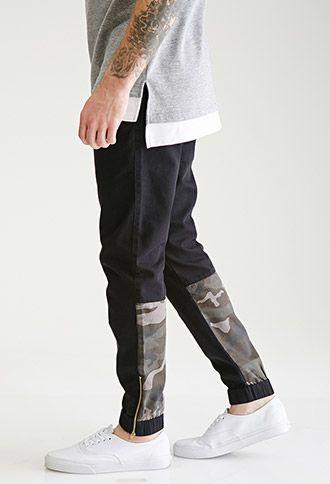 Zippered Camo-Paneled Chino Joggers | 21 MEN | #f21men