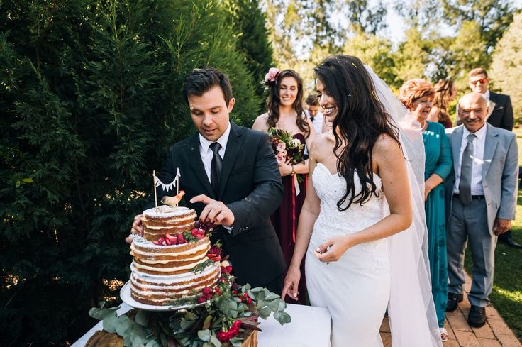 Tamryn & Riccardo | Wedding cake: Rosemary Hill | Photographer: And Story | Flowers: Myrtle Events & Styling