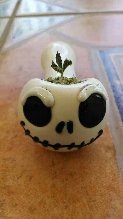 YES YES YES YES <3 !!!!!! Jack Skellington, Marijuana, Bowl, Ganja, Stoner, 420