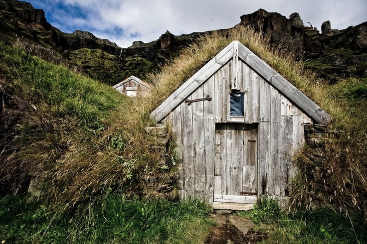 25 best ideas about my beautiful iceland on pinterest for Iceland lonely house