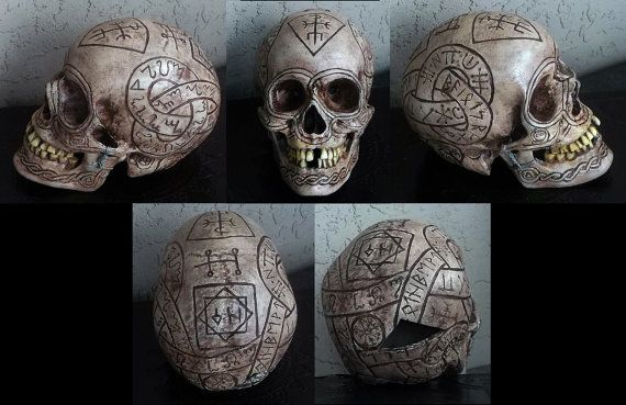 Etsy の Bob's Skull The Dresden Files by scottwheelis