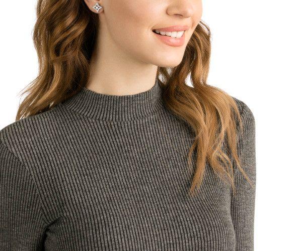 eceeaca8fe242b Sparkling Dance Star Stud Pierced Earrings