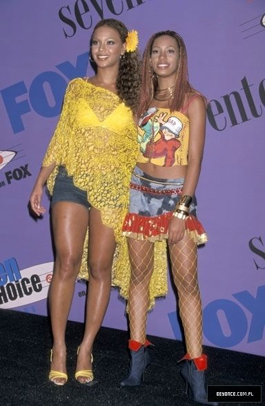 17 Best Images About Early 2000s Fashion On Pinterest Tina Knowles Mtv And Middle School