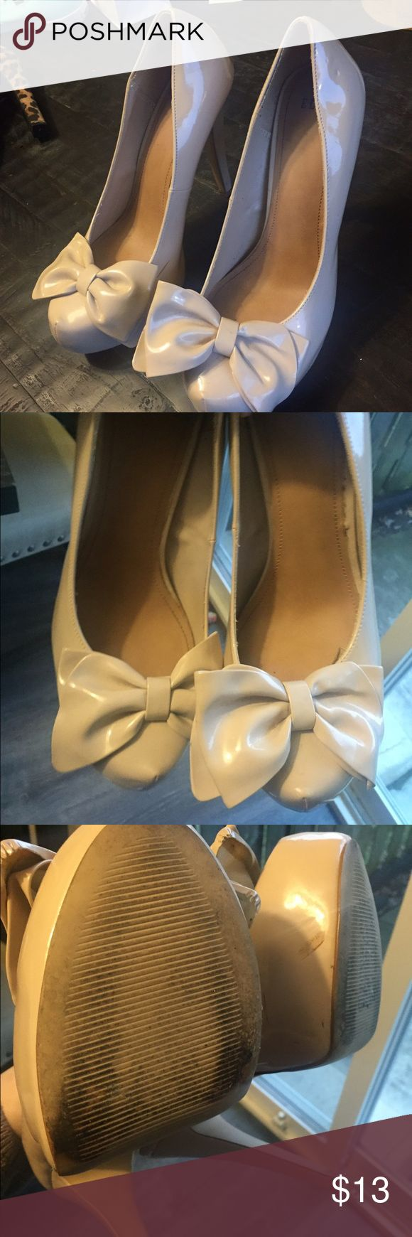 Elle Platform Nude Bow Heels Worn twice! Has a few scratches but still has a lot of life. Elle Shoes Platforms