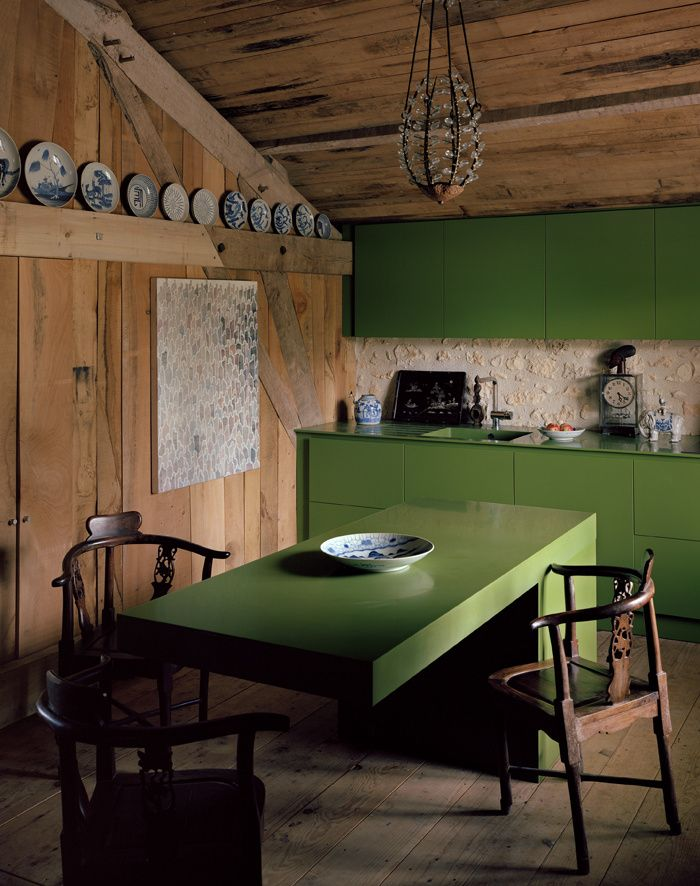 Chez Andre Dubreuil // Modern green kitchen cabinets