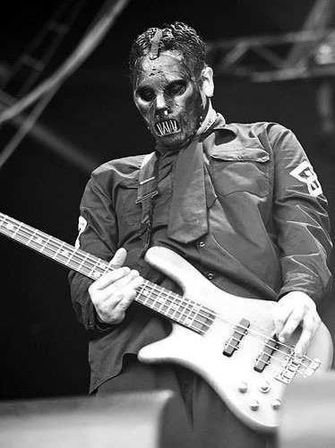 The late Paul Gray - Slipknot 2